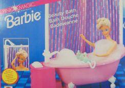 Certaines versions de baignoire étaient dotées d'un système de pompe à eau fonctionnel.